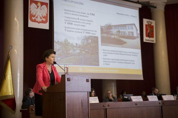 Hanna Gronkiewicz-Waltz na sesji Rady Warszawy UM Warszawa