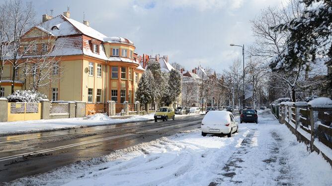 """W Polsce śniegu mniej niż w ubiegłych latach. """"Nie to powinno nas martwić"""""""