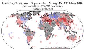 Odchylenia od średniej temperatury (średnią wyliczono na podstawie danych z lat 1981-2010) (NOAA)